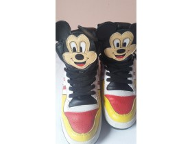 ******ADIDAS MICKEY MOUSE 38*****