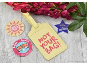 ESSENCE NEXT STOP SUMMER LUGGAGE TAG AND DECORATION KI