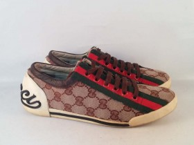 ***Gucci- Made in Italy***br.36