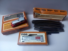 ***TYCO made in usa HO***