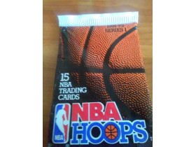 15 NBA HOOPS slicica neodpakovano