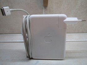 APPLE 85 W PORTABLE POWER ADAPTER MODEL A1172