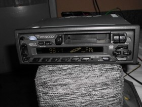 AUTORADIO KENWOOD