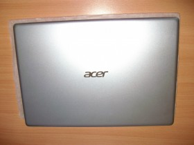 Acer Swift SF113-31-P31R