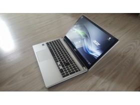 Acer V5 core i3 TouchScreen Slim