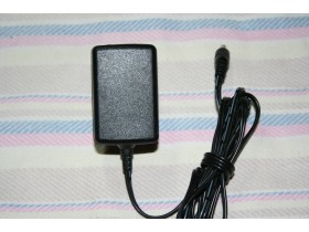 Adapter    12 V    0,5     A      DC