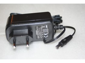 Adapter 12V  1 A DC
