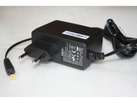 Adapter  15 V 1 A    DC