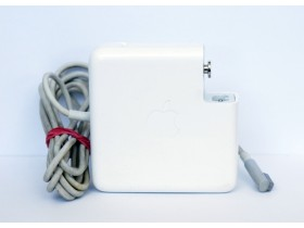 Apple MagSafe power adapter 85W [2]