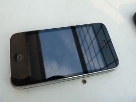 Apple iPhone 3 32GB (sim free) Ispravan