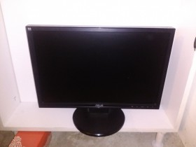 Asus WV193D-B 19'' monitor EXTRA stanje