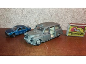 Austin taxi Dinky toys Made in England