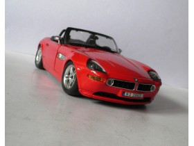 Auto BURAGO BMW Z8 Made in Italy    1/24