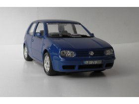 Auto BURAGO VW GOLF 4 1998  Made in Italy 1/24
