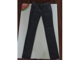 BENETTON farmerice vel 27