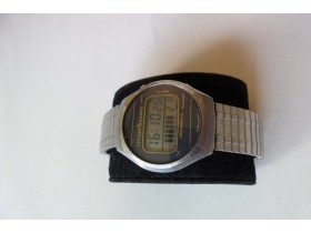 CITIZEN CRYSTRON Digital Lcd Watch-RARE Vintage JAPAN