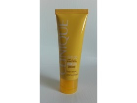 CLINIQUE krema za suncanje lica ,50ml *** Novo