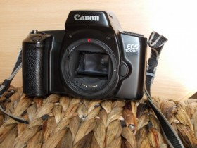 Canon 1000 f N