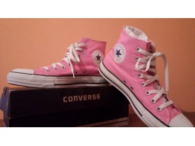 Convers**All Star ** pink**nove**25.5cm **