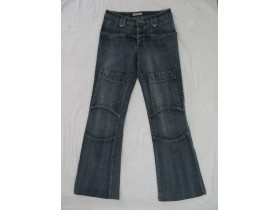 DENIM  farmerice zvoncare vel. 28
