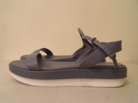 Fenomenalne CHARLES & KEITH zenske sandale 37-TOP MODEL