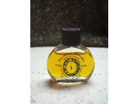 HALLBROOK PERFUMES 1 7 ML MADE IN CANADA