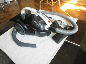 HOOVER USISIVAC  2000W