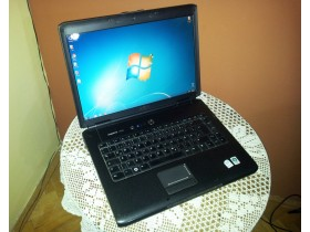 Laptop DELL Vostro 1500, C2D 2.0GHz, 2GB, 160GB, 15.4
