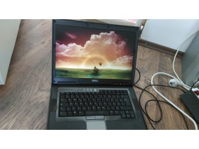 Laptop Dell Latitude D830  SAMO 10din!!