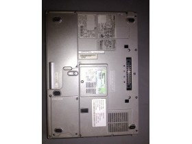Laptop Dell PP04X