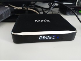 MXQ  M10 Android tv box Android 4.4 kitkat 2Gb RAM