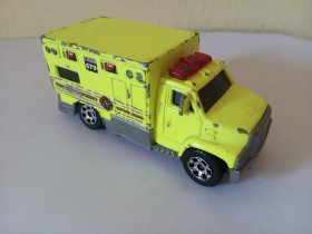 Matchbox -Ambulance MB679