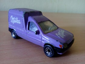Matchbox - Ford Courier 1991