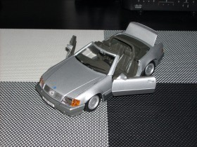Mercedes-Benz 500 SL Cabrio 1989 g.-PREMIUM MODEL 1/24