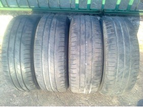 Michelin 215 60 r 16 letnje,sara oko 5mm