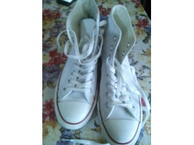 Muske converse 41 made in vietnam