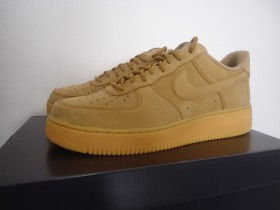 NIKE AIR FORCE 1 '07 WB LOW FLAX br. 42.5