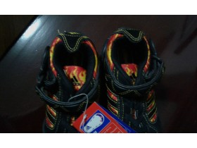 NOVO: ADIDAS - HOT WHEELS, br. 29