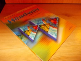 New Headway - english course - student book