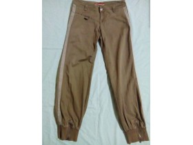 ONLY  military pantalone 40