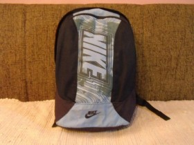 Orginal NIKE ranac-EXTRA MODEL
