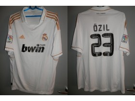 REAL MADRID (23 OZIL) Extra dres !!!