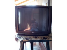 SHARP tv 66 cm