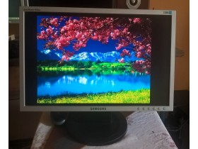 "Samsung SyncMaster 920NW 19"" Widescreen LCD"