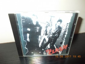 The Clash - The Clash (nekorišćen CD)