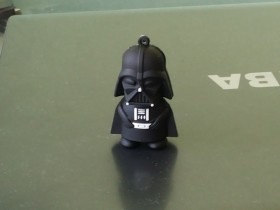 USB flash 4GB Darth Vader Star Wars-NOVO