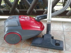 Usisivac Hoover TF1805, 1800w *ODLICAN*