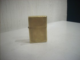 ZIPPO PAT. 2032695 MADE IN USA