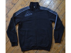 adidas: gray stripes