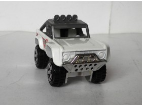 auto hot wheels FORD BRONCO  Made in Malaysia